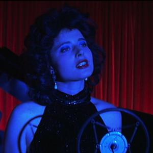 Watch Deleted Scenes From David Lynch's <i>Blue Velvet</i>