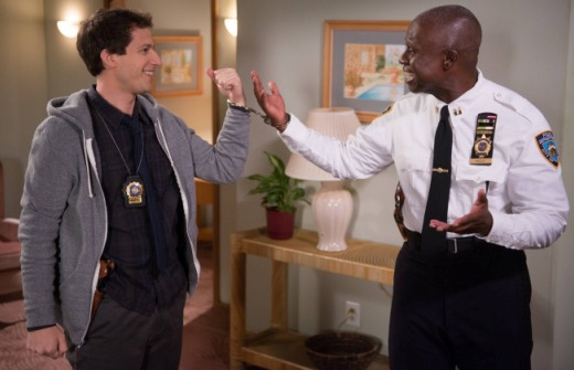"<i>Brooklyn Nine-Nine</i> Review: ""Christmas"" (Episode 1.11)"