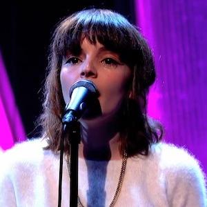 Watch CHVRCHES' Jools Holland Performance