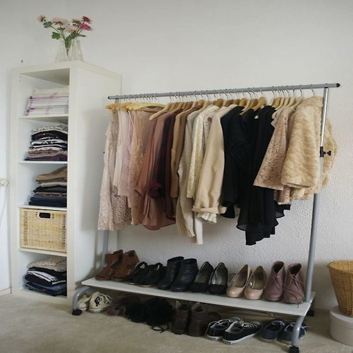 Quick Tips on Tackling an Unruly Closet