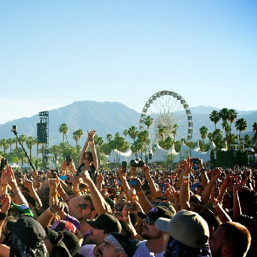 How to Stay Cool and Make Money at Coachella