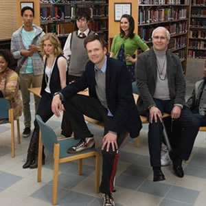 <i>Community</i> Cast Teases Puppet Episode, Fifth Season at PaleyFest 2013