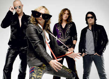 Listen To New Track From The Darkness