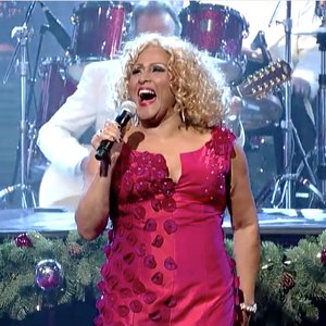"""Darlene Love Performs """"Christmas (Baby Please Come Home)"""" for the Last Time on <i>Letterman</i>"""