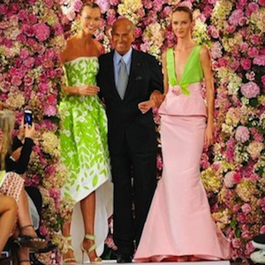 Legendary Fashion Designer Oscar de la Renta Dies at 82