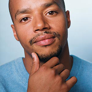 Donald Faison in Talks to Join <i>Kick-Ass 2</i> Cast