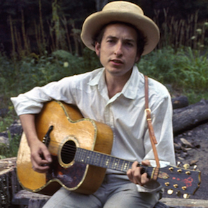 """Listen to Bob Dylan Giggle in Alternate Take of """"Lo and Behold!"""""""