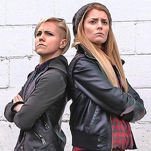 Hannah Hart and Grace Helbig to Star in <i>Electra Woman and Dyna Girl</i> Reboot