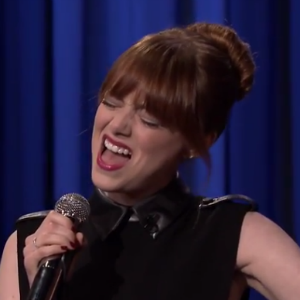 Watch Emma Stone's Glorious Lip Sync Battle With Jimmy Fallon