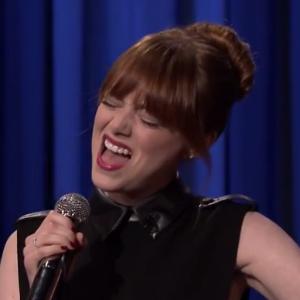 Watch Emma Stone's Glorious Lip Sync Battle With Jimmy Fallon