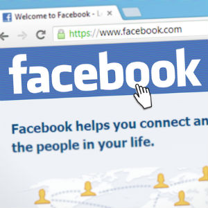 Court Allows Woman to Serve Divorce Papers Over Facebook