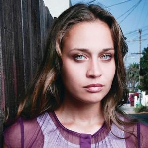 Watch Fiona Apple Perform a New Song