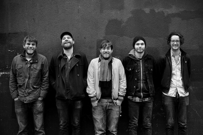 Frightened Rabbit Announce EP, Tour