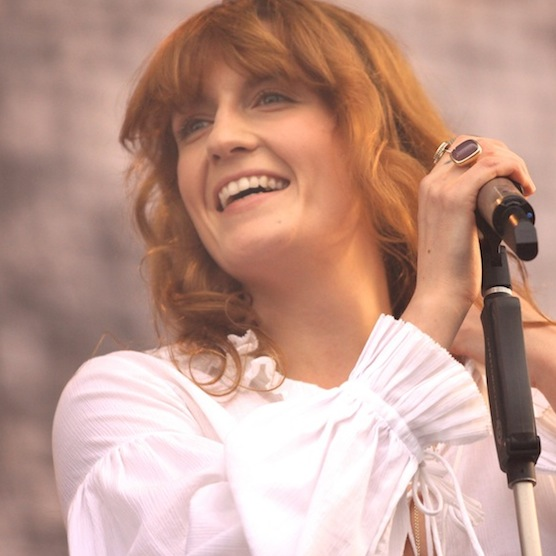 """Florence + the Machine Replace Foo Fighters at Glastonbury as Dave Grohl is """"Learning to Walk Again"""""""
