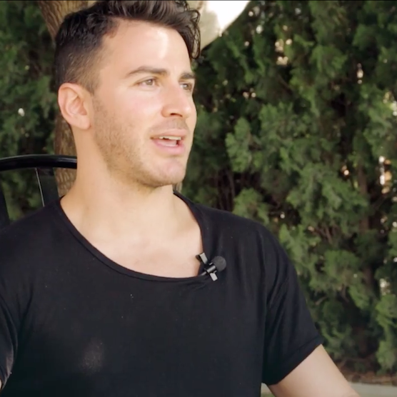 The Paste Parlour: Interview - Hunter Hunted