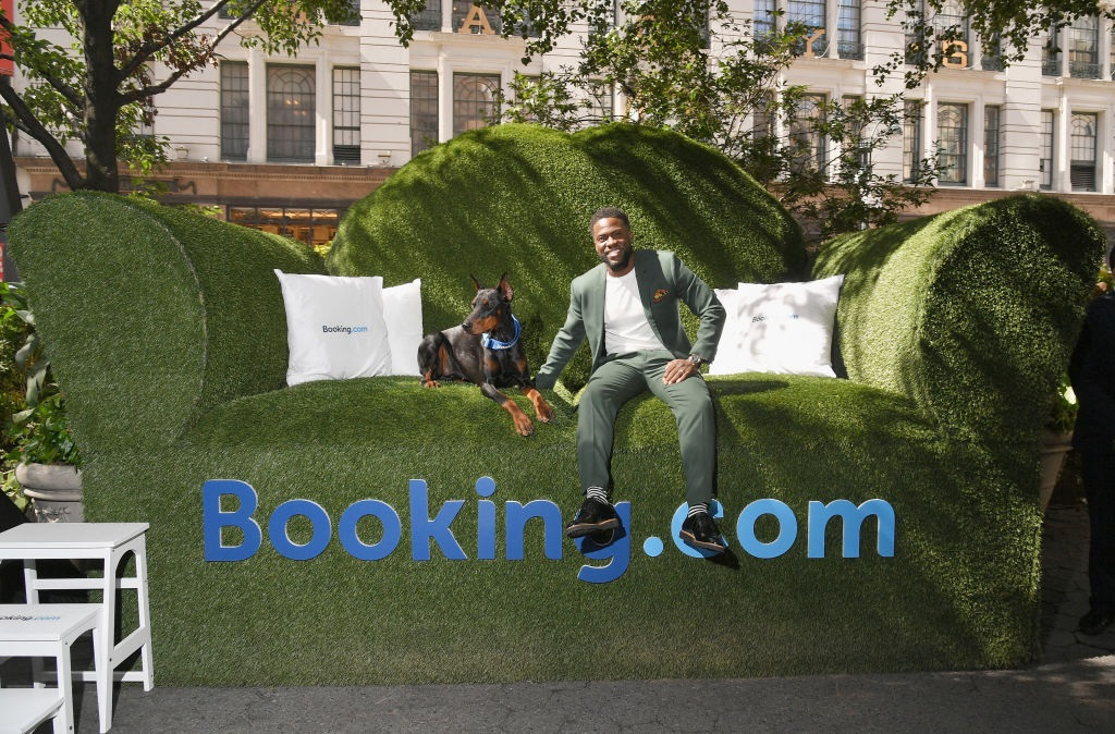 I Visited Kevin Hart\'s Tiny House in Herald Square and I\'m Not the ...