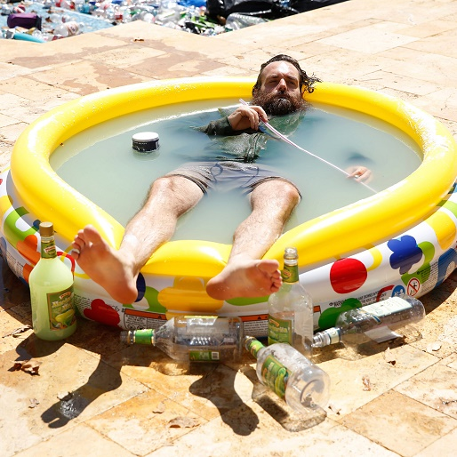 """<em>The Last Man on Earth</em> Review: """"Alive in Tucson"""" / """"The Elephant in the Room"""""""