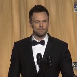 Watch Joel McHale's Entire White House Correspondents' Dinner Speech