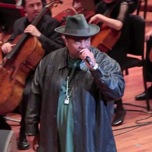 """Watch Sir-Mix-A-Lot and the Seattle Symphony Perform an Orchestral Rendition of """"Baby Got Back"""""""