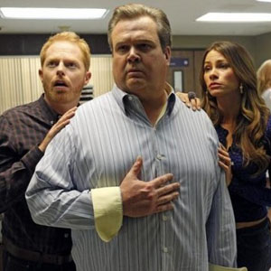 "<i>Modern Family</i> Review: ""Baby on Board"" (Episode 3.24)"