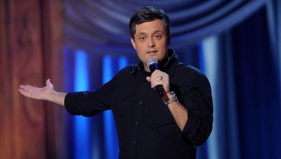 Nate Bargatze Takes On Floyd Mayweather and Manny Pacquiao
