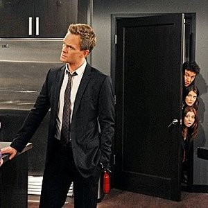 """<i>How I Met Your Mother</i> Review: """"The Over-Correction"""" (Episode 8.10)"""