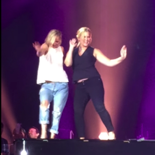 Watch: Jennifer Lawrence and Amy Schumer Dance on Billy Joel's Piano