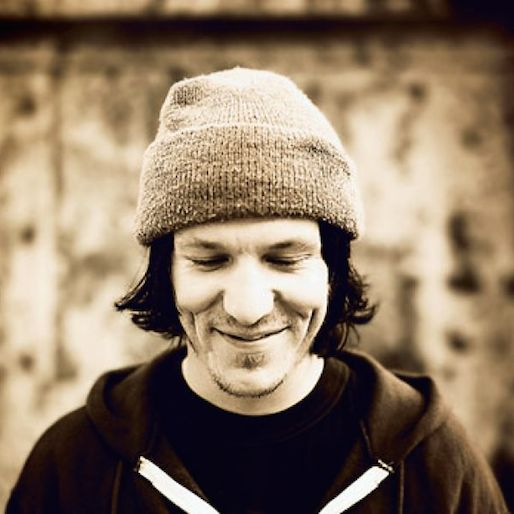 Watch a New Clip from Elliott Smith Doc <i>Heaven Adores You</i>
