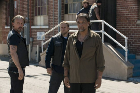 """<i>Sons of Anarchy</i> Review: """"To Thine Own Self"""" (Episode 5.11)"""