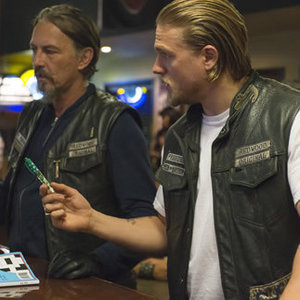 "<em>Sons of Anarchy</em> Review: ""The Mad King"" (Episode 6.05)"