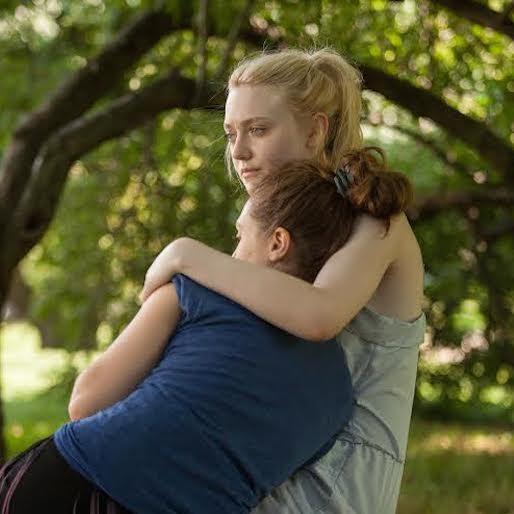 Watch Elizabeth Olsen Cover Rilo Kiley in New <i>Very Good Girls</i> Clip