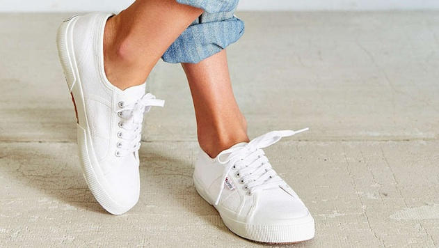 White Sneakers for Pretending You're an Off-Duty Model ...