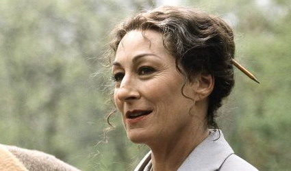 Anjelica-huston.jpg