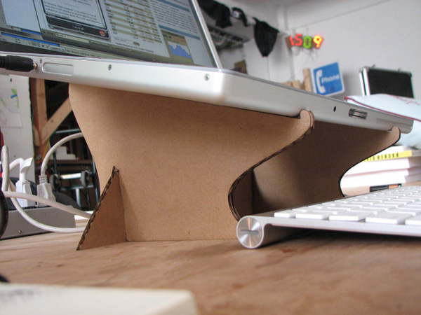 Thinkverse-Laptop-Stand.jpg