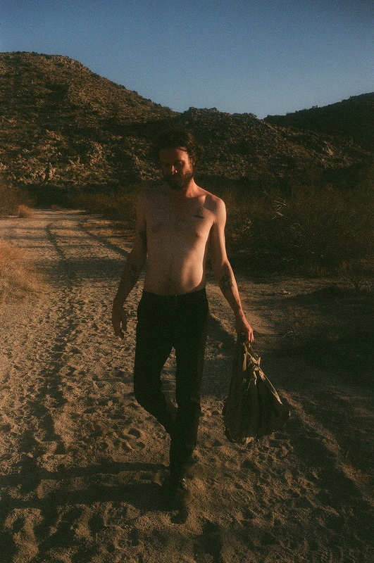 a-day-in-the-life-of-father-john-misty photo_31426_0-2