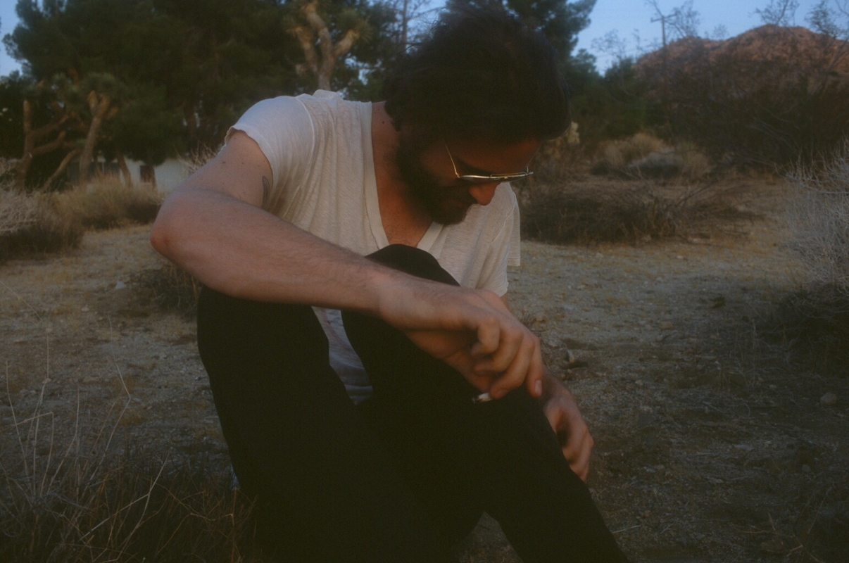 a-day-in-the-life-of-father-john-misty photo_31437_0-4