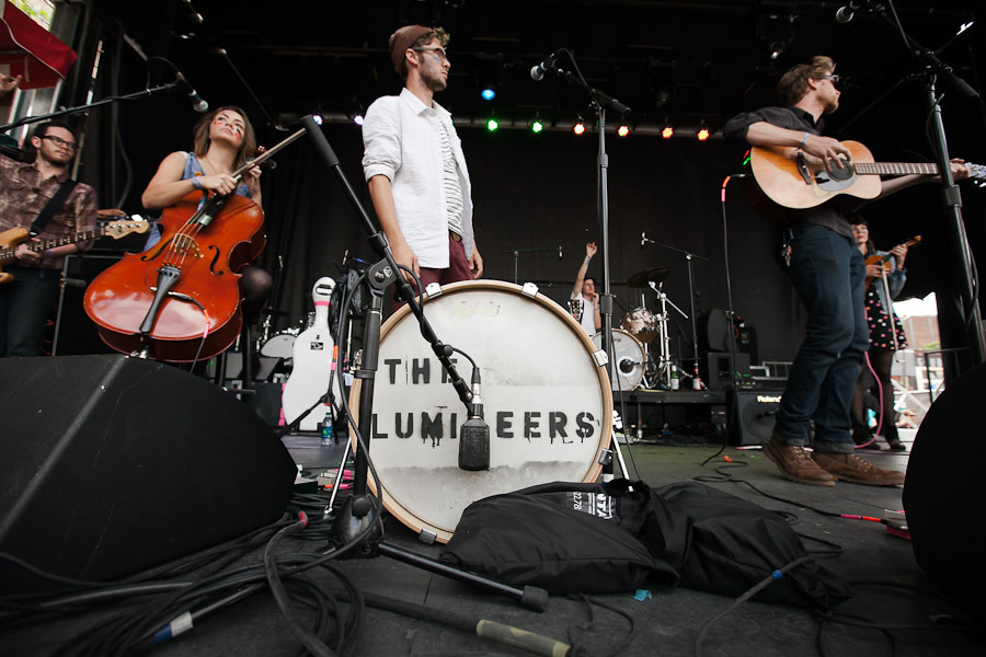 a-day-in-the-life-of-the-lumineers-2 photo_28206_0-7