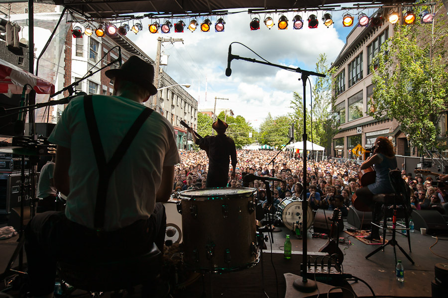 a-day-in-the-life-of-the-lumineers-2 photo_28209_0-14