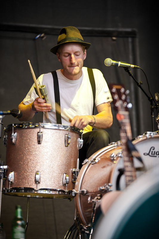 a-day-in-the-life-of-the-lumineers-2 photo_28278_0-10