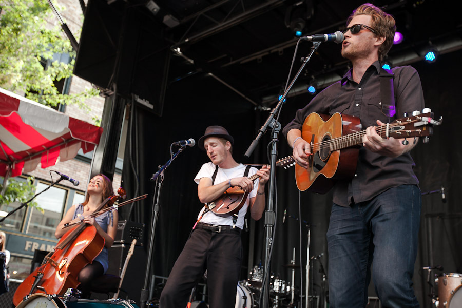 a-day-in-the-life-of-the-lumineers-2 photo_28296_0-10