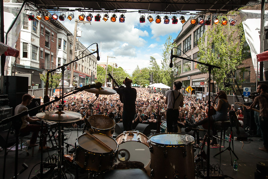 a-day-in-the-life-of-the-lumineers-2 photo_7005_0-14