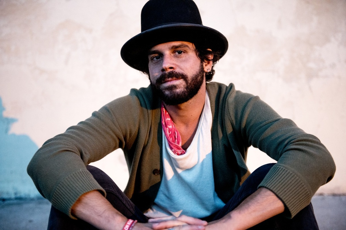 Another Day in the Life: Langhorne Slim :: Music..