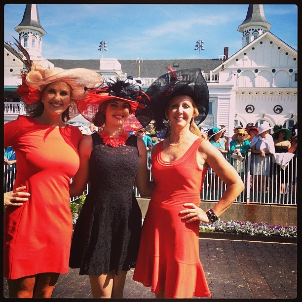best-of-derby-hats -kyderby--twinspires--officialcolors--colorcoordination--big
