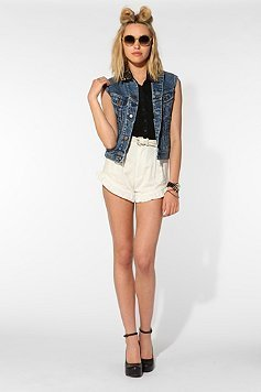 bethany-cosentino-for-urban-outfitters photo_6828_0-2