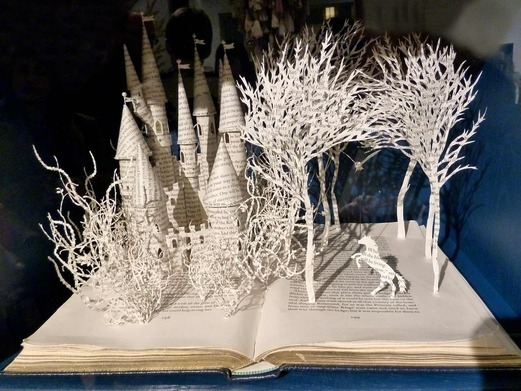 book-sculptures photo_13893_0-4