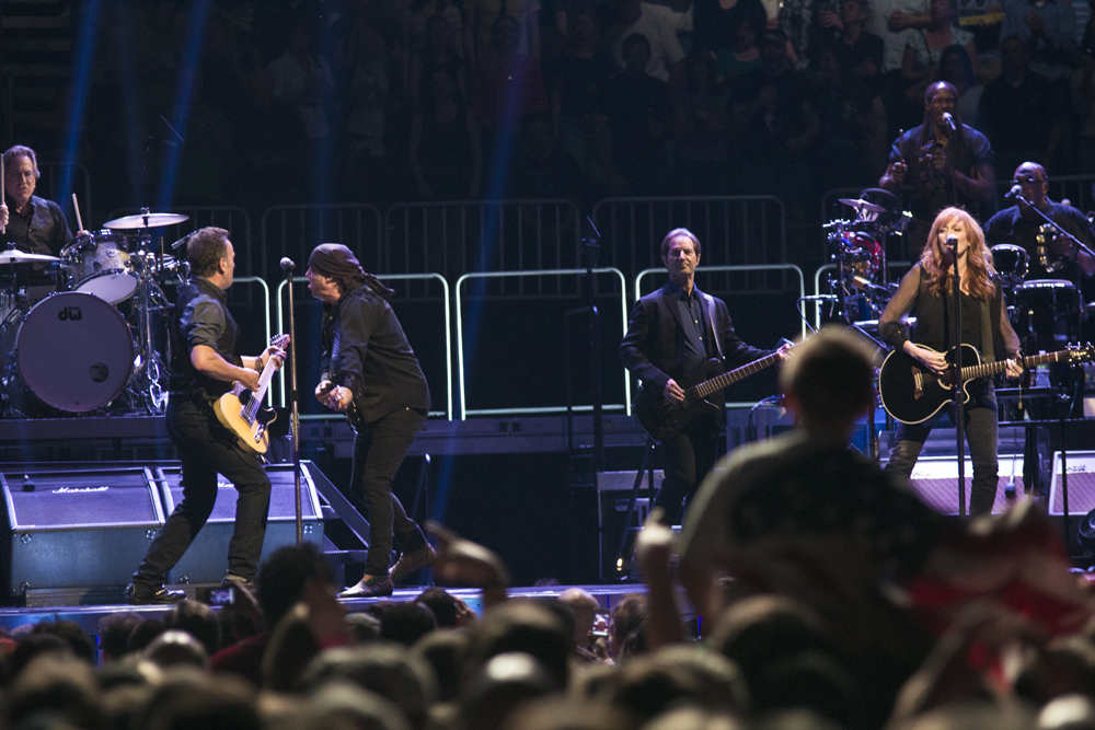bruce-springsteen photo_10506_0-6