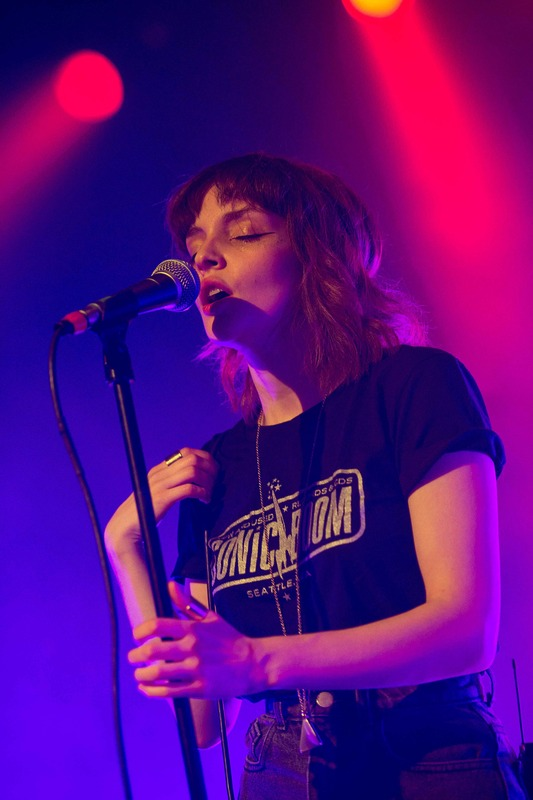 chvrches photo_31869_0-7