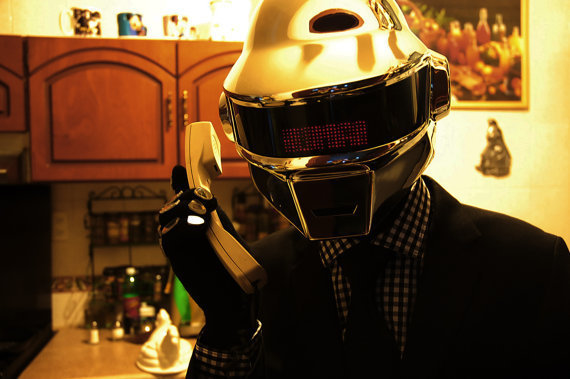 daft-punk-helmet photo_11465_0