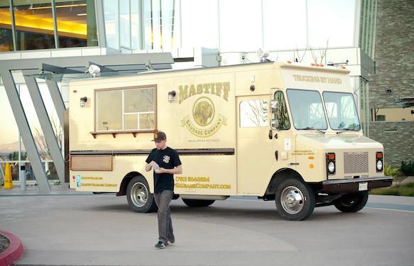 25 of the Best Food Truck Designs :: Design :: Galleries :: Paste