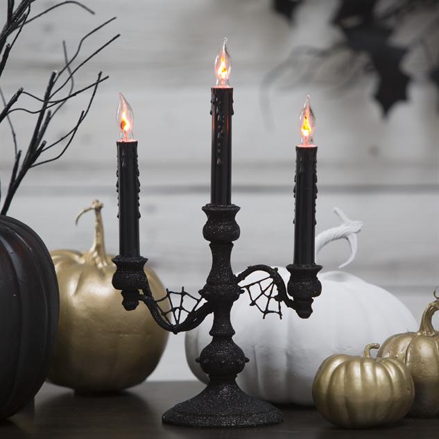 halloween-party-decor candelabra